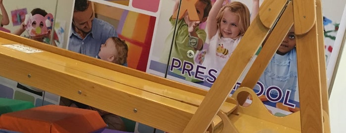 Gymboree Play & Music is one of Locais curtidos por Shank.