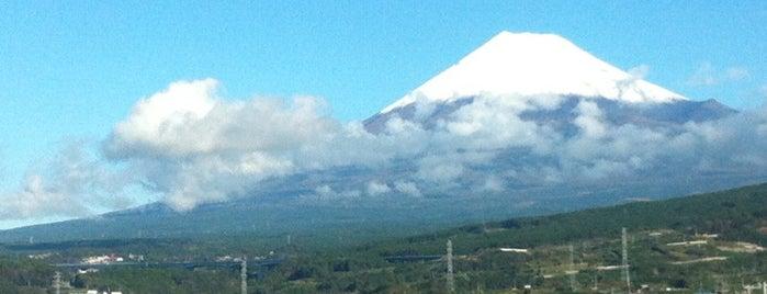 富士山ビューポイント is one of Lugares favoritos de Boya.