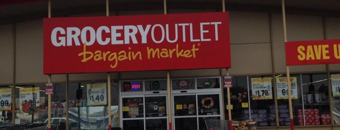 Grocery Outlet is one of Paige : понравившиеся места.