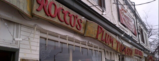 Roccos Plum Tomato is one of Raif's Liked Places.