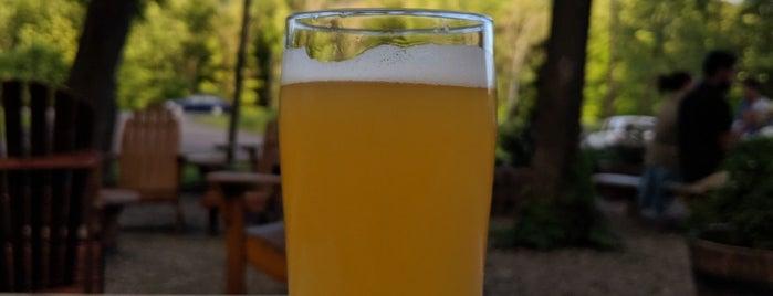 Woodstock Brewing is one of Orte, die Tara gefallen.