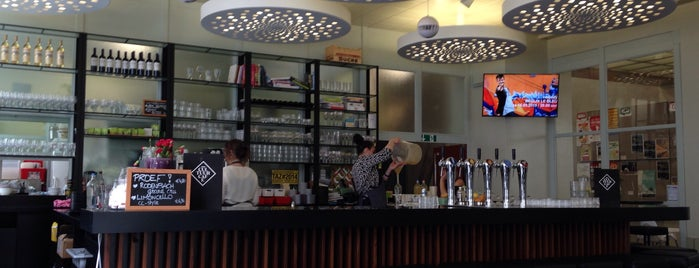 Cultuur Café is one of Oostende.