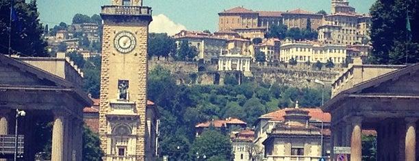 Porta Nuova is one of สถานที่ที่บันทึกไว้ของ Alessandro.