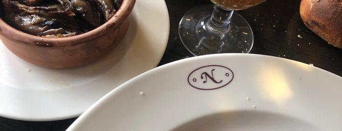 Etten Adam Burger & Steak is one of Lugares favoritos de Mustafa.