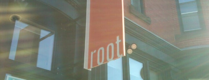 Root Salon is one of Orte, die Amber gefallen.