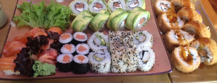 Duri Sushi is one of Locais curtidos por Ely.
