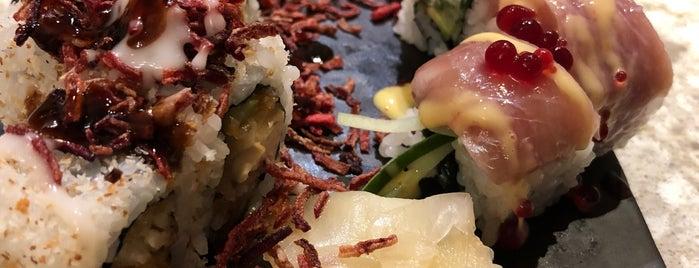 Ororo Sushi Bar is one of Lugares favoritos de Evren.