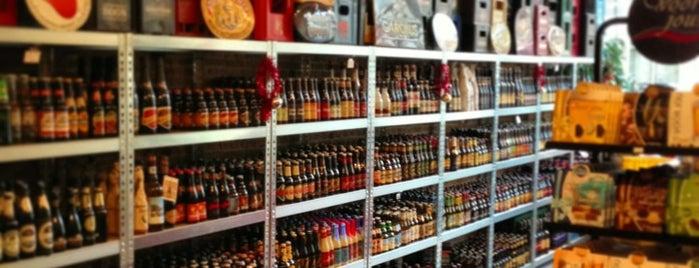 Den Gouwen Aar is one of Dutch Craft Beer Shops.