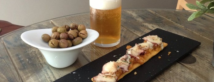 Cachivache Taberna is one of ¡Mmmmmadrid!.