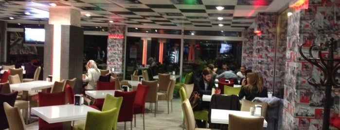 Koru Cafe & Restaurant is one of trabzon :).
