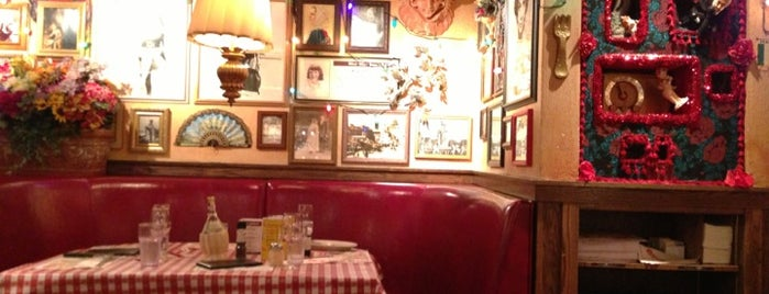 Buca di Beppo is one of DC must visit.
