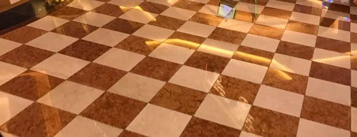 Venetian Poker Room is one of สถานที่ที่ David ถูกใจ.