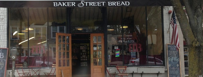 Baker Street Bread Co is one of Tempat yang Disukai Crispin.