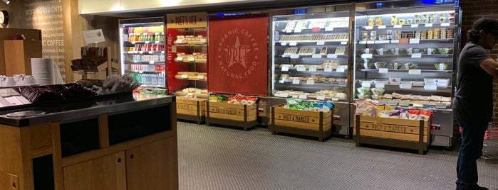 Pret A Manger is one of Justinさんのお気に入りスポット.