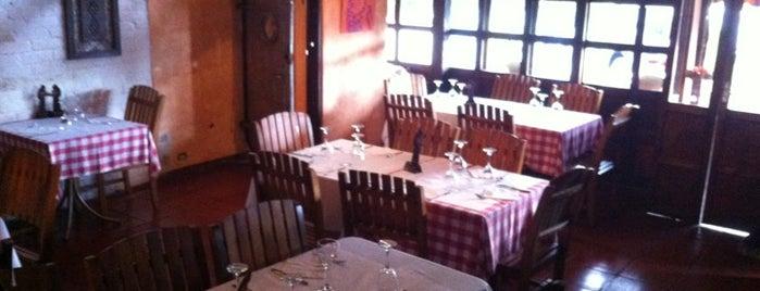 Restaurante Regis is one of สถานที่ที่ Gina ถูกใจ.