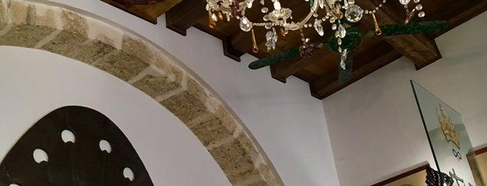 Trattoria La Foglia is one of สถานที่ที่บันทึกไว้ของ Michelle.