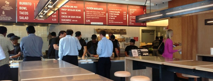 Chipotle Mexican Grill is one of Orte, die DineWithDani gefallen.