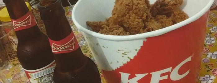 KFC is one of Lugares favoritos de Anandha.