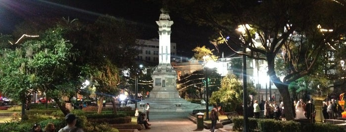 Plaza Grande is one of Food & Fun - Quito.