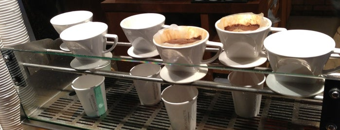 Monmouth Coffee Company is one of Let's go to London!.