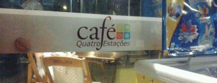 Café Quatro Estações is one of Orte, die Thiago gefallen.