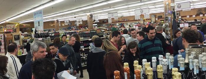 Antioch Fine Wine is one of สถานที่ที่ FJ ถูกใจ.
