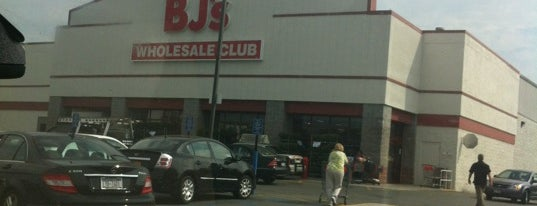 BJ's Wholesale Club is one of NEW YORK GEZİ 🗽.