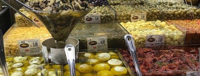 Galeria do Bacalhau is one of Locais curtidos por Monica.