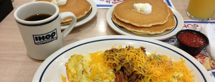 IHOP is one of Lugares guardados de Nitza.