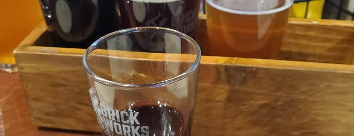 Brick Works Brewing & Eats is one of Posti salvati di Rachel.
