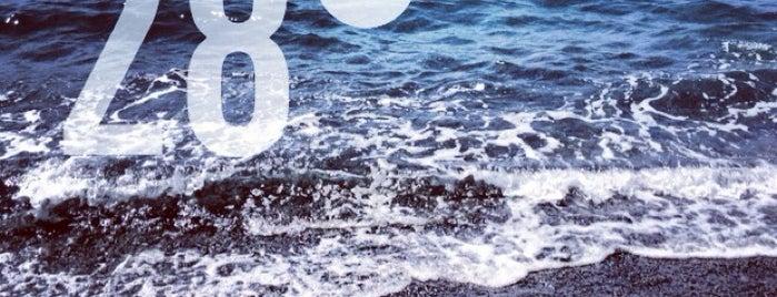 Mirtos Beach is one of Lugares favoritos de Kyriaki.
