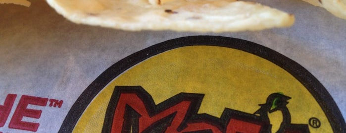 Moe's Southwest Grill is one of Locais curtidos por Tangela.