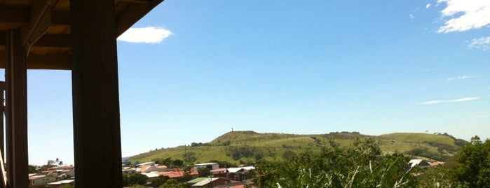 La Troja is one of สถานที่ที่ cuadrodemando ถูกใจ.