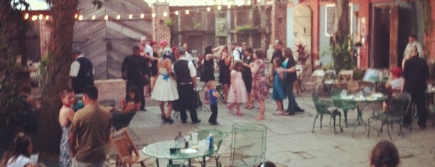 Davinci Bar And Venue is one of Shannon : понравившиеся места.