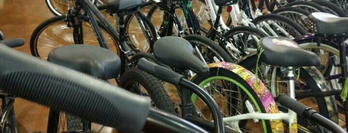 Landis Cyclery is one of Posti che sono piaciuti a V l.