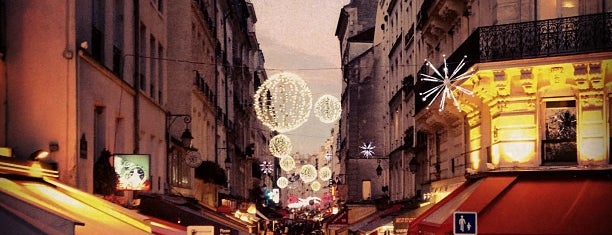 Rue Montorgueil is one of Paris // For Foreign Friends.
