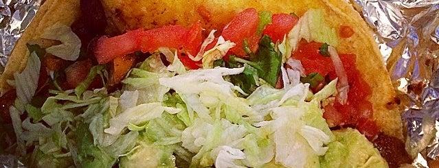 Barberitos Southwestern Grille & Cantina is one of Lugares favoritos de Katrina.