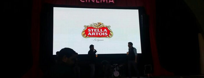 Cinema Stella is one of Lugares guardados de Aline.