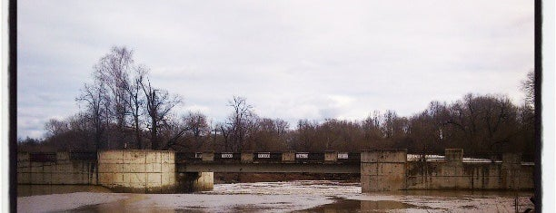 Ярополецкая ГЭС is one of Lugares favoritos de Artemy.