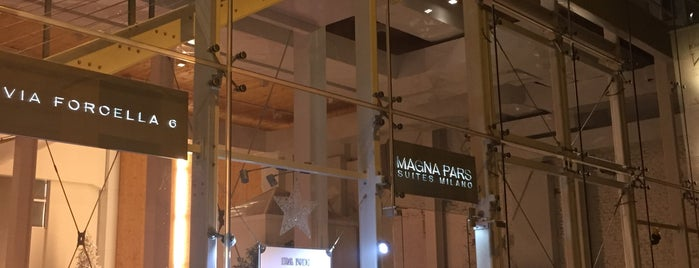 Hotel Magna Pars Suite is one of Milano.