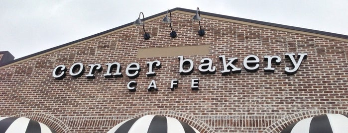 Corner Bakery Cafe is one of Lugares favoritos de Vlad.