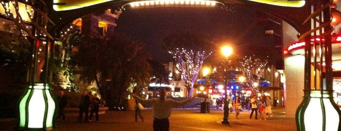 Downtown Disney Stage is one of Posti che sono piaciuti a Jose.