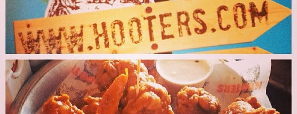 Hooters is one of Fábioさんのお気に入りスポット.