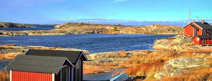 Huvudskär is one of Stockholm Life.
