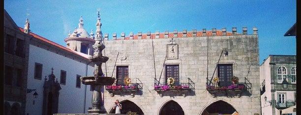 Praça da República is one of Viana do Castelo.