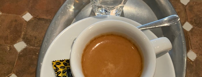 Machwitz Coffee Bar is one of Locais salvos de Kübra.