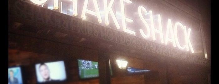 Shake Shack is one of New York Birthday Trip.
