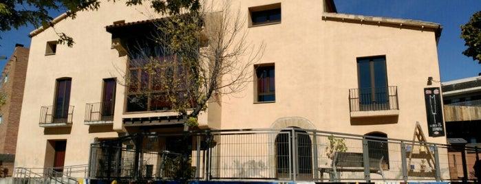 Casal Torreblanca is one of Locais curtidos por Quim.