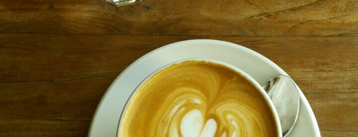 Jonas Reindl Coffee is one of Food & Fun - Vienna, Graz & Salzburg.