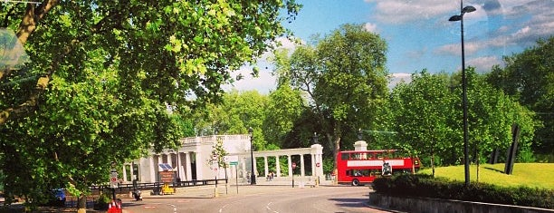 Hyde Park Corner is one of London lovely parks.
